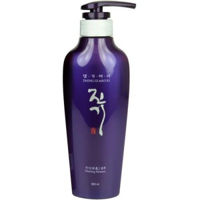 Восстанавливающий шампунь с комплексом растительных экстрактов DAENG GI MEO Ri Vitalizing Shampoo - 300 мл